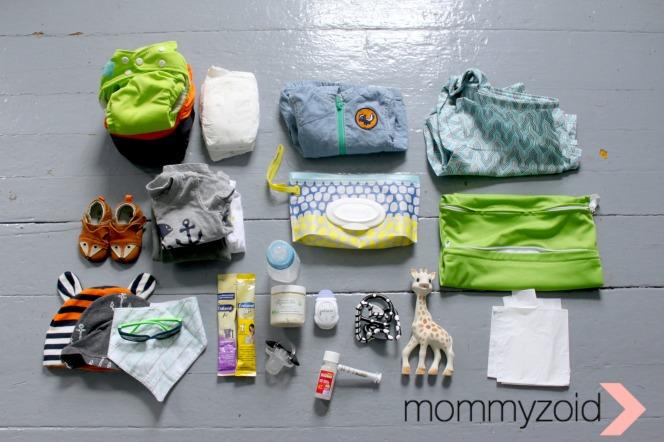 Diaper Bag Tour -- www.mommyzoid.com